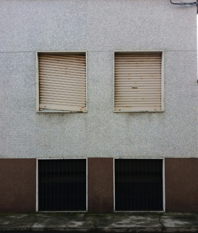 Broken rhytm    #window  #windows  #street  #streetphotography