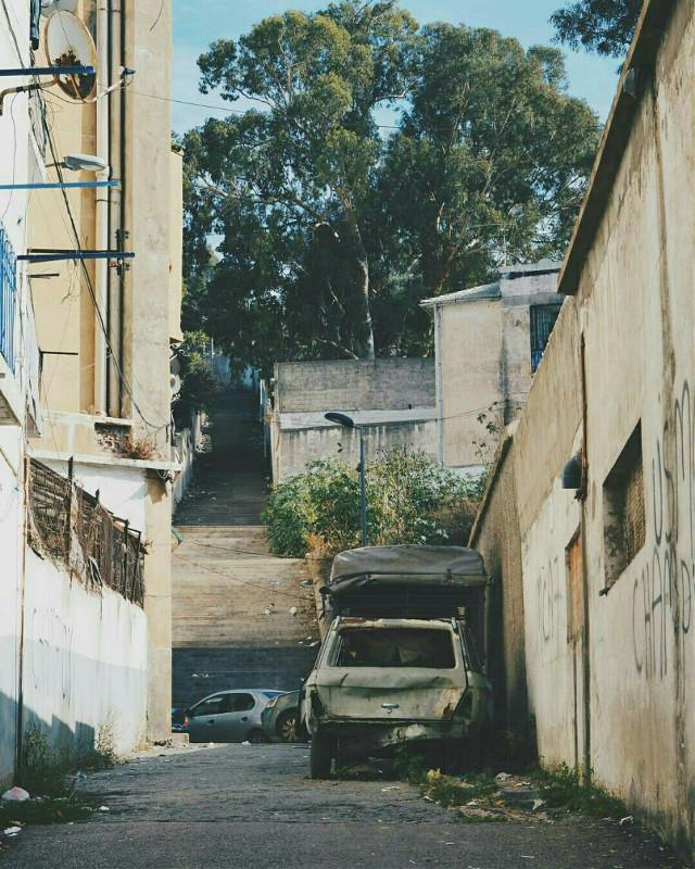 #oldstreet #photographylife #streetphotography #street #oldcar #oldcity #oldcars
